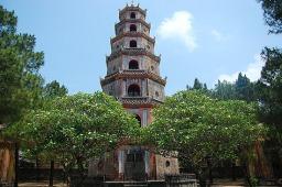 Thien Mu Pagoda – Dragon Boat trip